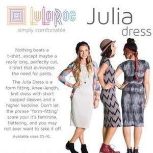 LuLaRoe Dresses - LuLaRoe Julia Size XXS Fitted Pencil Dress